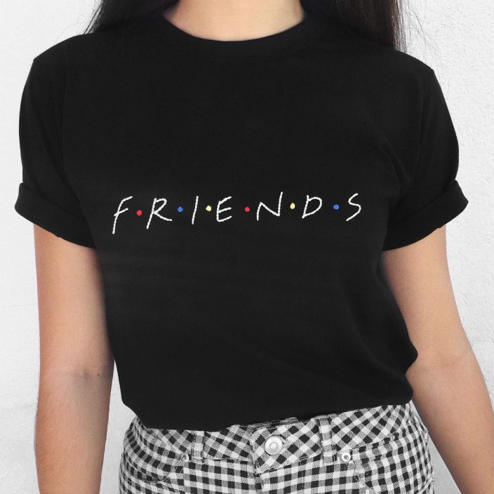 Camiseta Bordada Friends